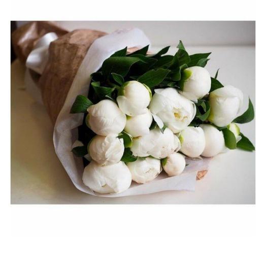 Букет из 15 белых пионов: букеты цветов на заказ Flowwow