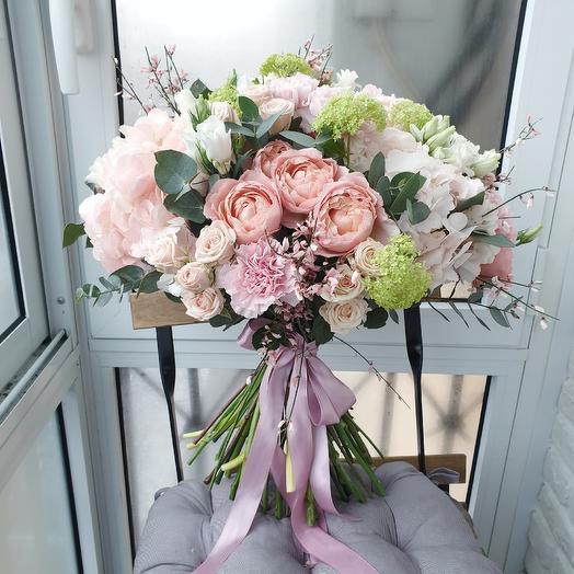 Букет Бо: букеты цветов на заказ Flowwow