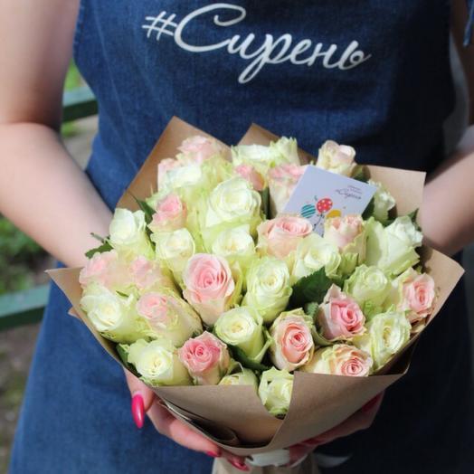 35 нежных роз