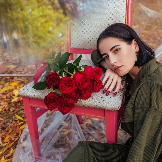 Букет из девяти Эквадорских роз Эксплорер