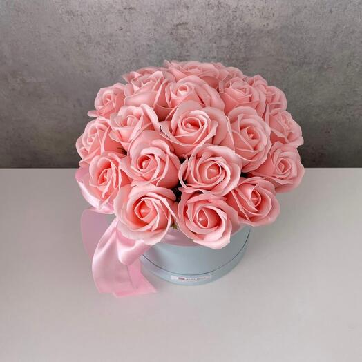 Розово-персиковые мыльные розы 25 шт