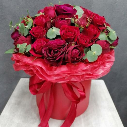 Red Chalice (коробочка пионовидных роз)
