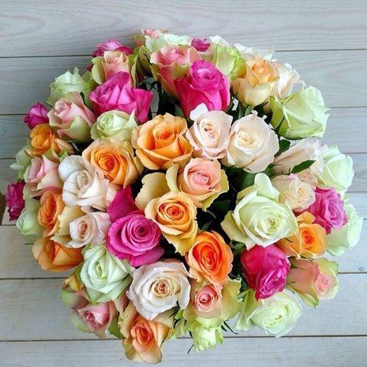 Букет из 55 разноцветных роз 60 см: букеты цветов на заказ Flowwow