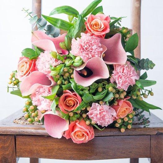 Персиковое Цветение: букеты цветов на заказ Flowwow
