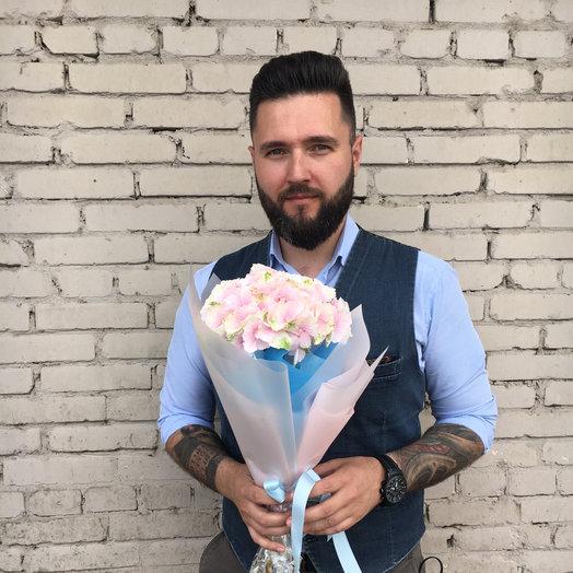 Ивон Мо : букеты цветов на заказ Flowwow