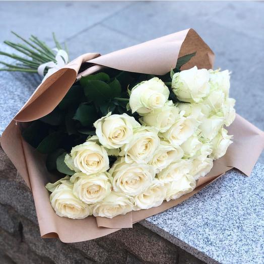 Букет из 25 белых роз: букеты цветов на заказ Flowwow