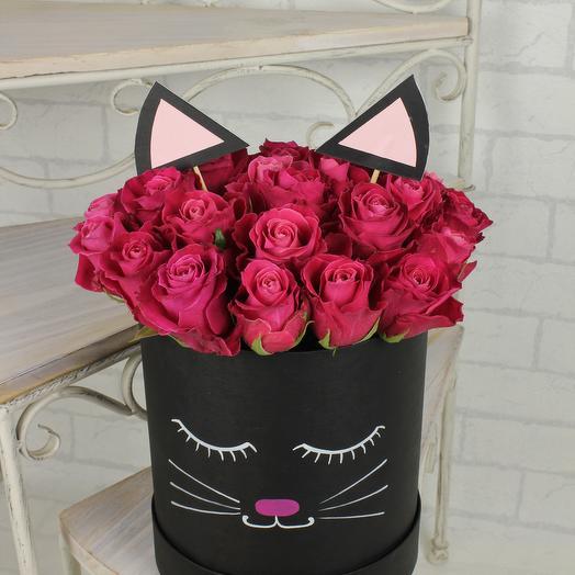 """Композиция из роз """"Малиновый кот"""": букеты цветов на заказ Flowwow"""