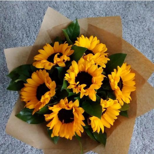 Букет из 7 ярких подсолнуха🌻🌻🌻: букеты цветов на заказ Flowwow