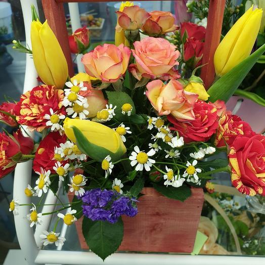 Весна в кашпо: букеты цветов на заказ Flowwow