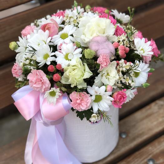 Цилиндр «Малена»: букеты цветов на заказ Flowwow