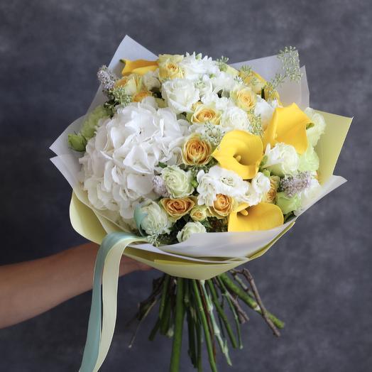 Букет с желтыми каллами: букеты цветов на заказ Flowwow
