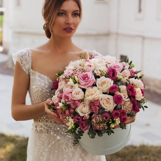 """Букет в коробке """"Розы"""": букеты цветов на заказ Flowwow"""