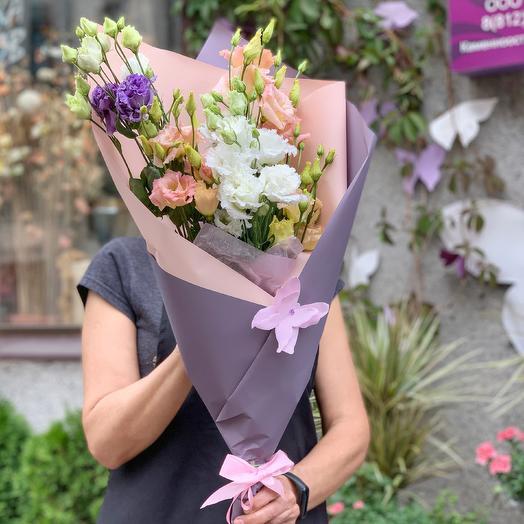 Очаровательные Лизиантусы: букеты цветов на заказ Flowwow