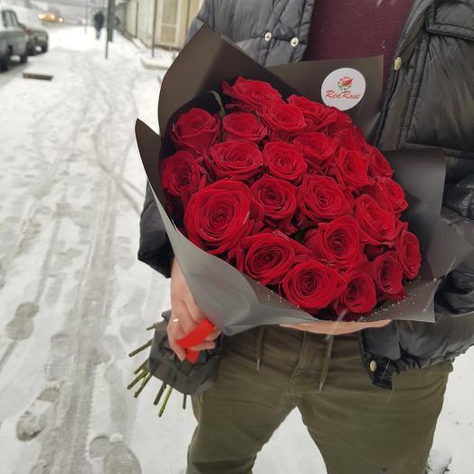 Бордовые розы: букеты цветов на заказ Flowwow