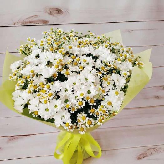 Букет Ромашек и хризантем (M): букеты цветов на заказ Flowwow