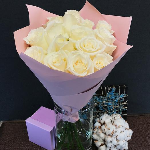 Роза (Эквадор) 60 см 15 шт в упаковке