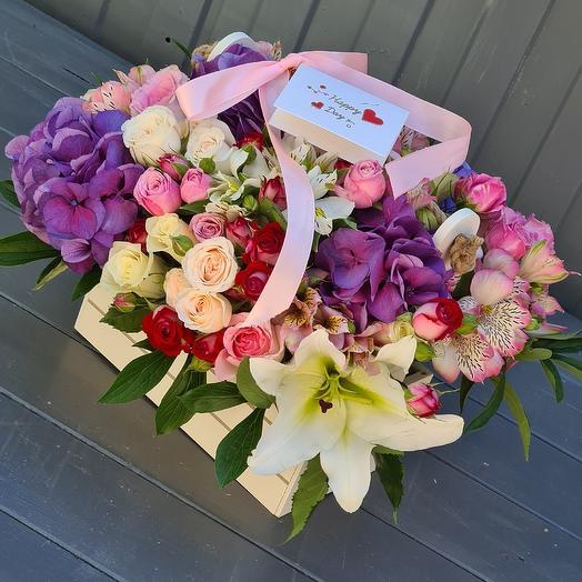 Шикарный цветочный ящик