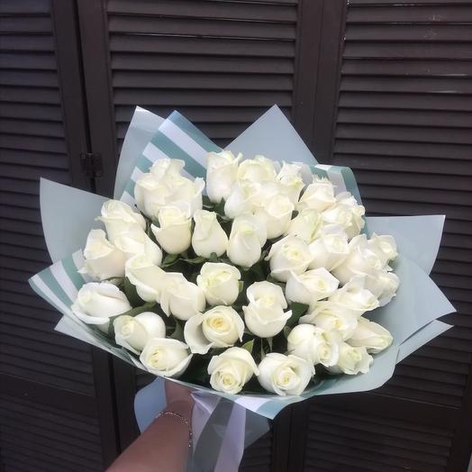 45 белых роз 60см