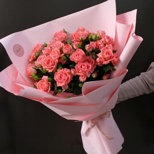Букет из кустовы роз «Нежность»