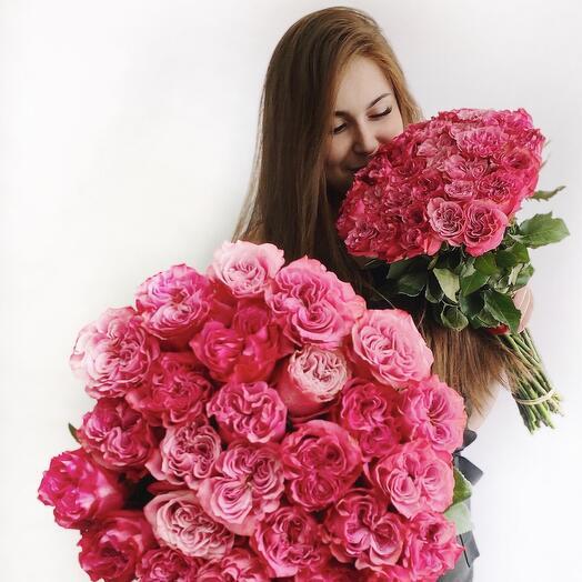 Букет 29 пионовидных роз