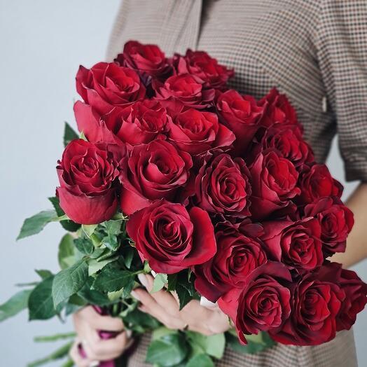 21 роза 60 см под ленту
