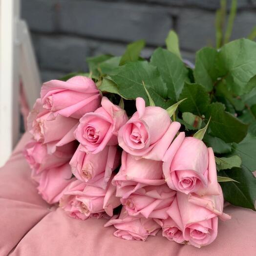 Монобукет 15 Нежно-Розовых роз 60см