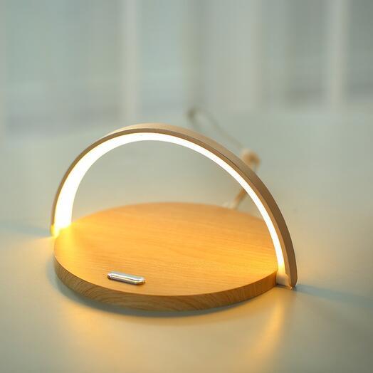 Беспроводная зарядка для телефона с функцией ночника