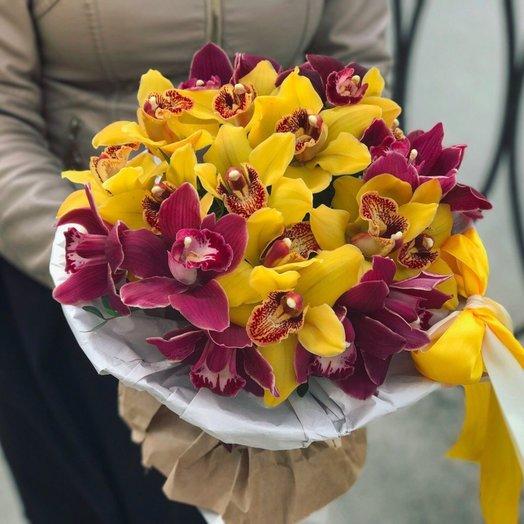 Королевские орхидеи: букеты цветов на заказ Flowwow