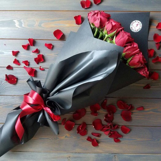 25 роз: букеты цветов на заказ Flowwow