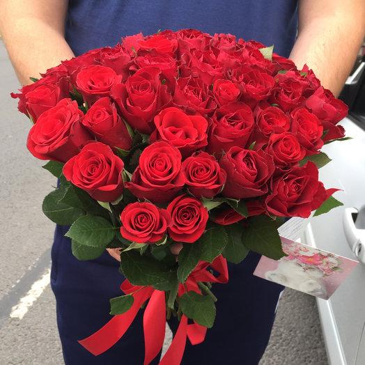 Букет из 51 красной кенийская роза: букеты цветов на заказ Flowwow
