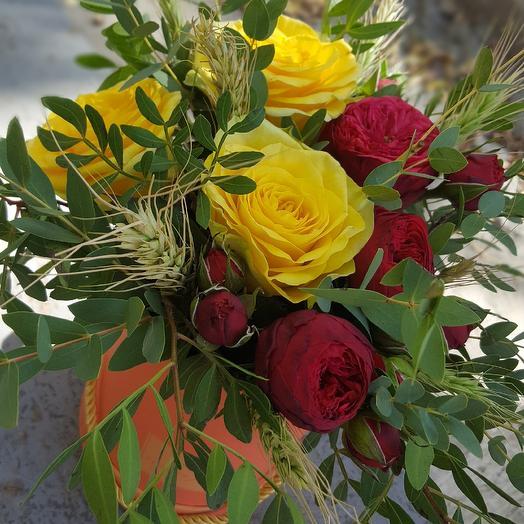 Аквабокс с живыми цветами