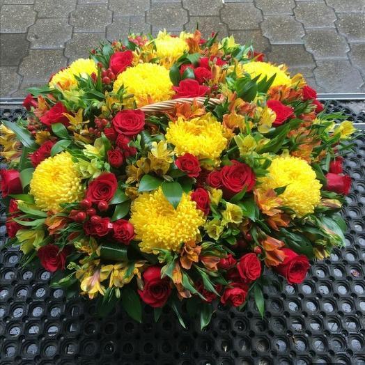 Корзина восторг: букеты цветов на заказ Flowwow