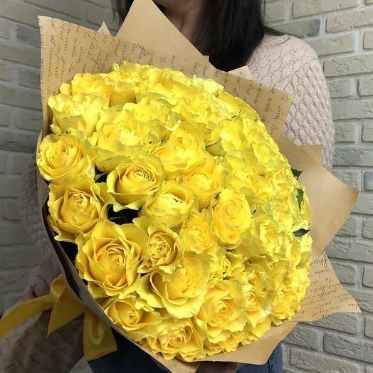 51 желтая роза: букеты цветов на заказ Flowwow