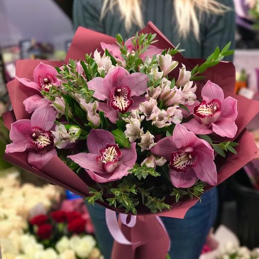 Букет из Орхидей и альстрамерии: букеты цветов на заказ Flowwow