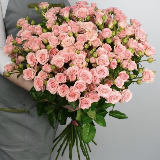 Букет из 21 розовой кустовой розы 60 см: букеты цветов на заказ Flowwow