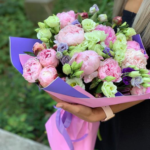 """Букет из пионов и эустом """"Прекрасные мечты"""": букеты цветов на заказ Flowwow"""