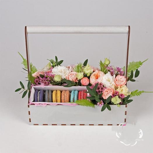 Нежный, цветочный набор: букеты цветов на заказ Flowwow