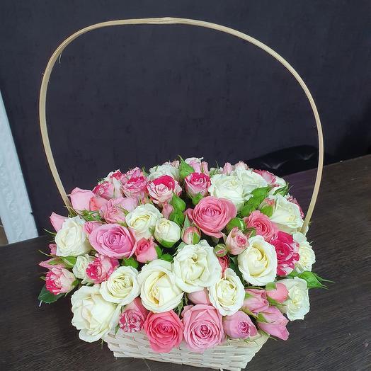 Корзиночка кустовых роз
