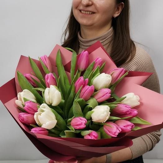 Очаровательный микс тюльпанов