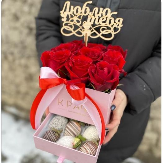 Шкатулка с розами и топпером