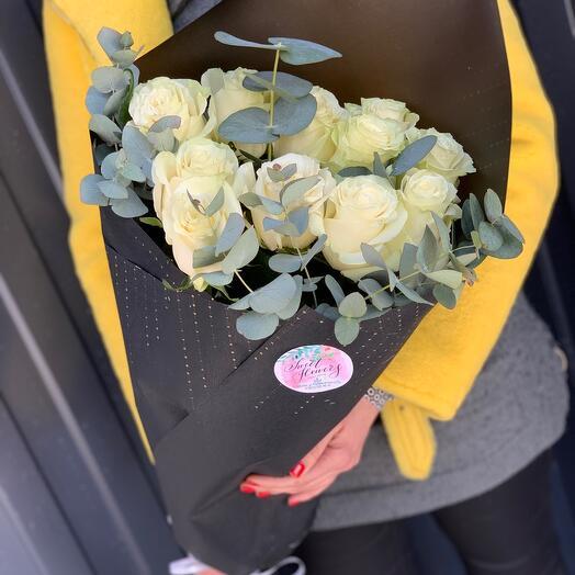 Монобукет роза с эвкалиптом