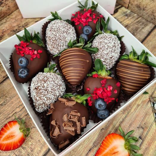 "Коробка ""Десерт тёмный шоколад"""