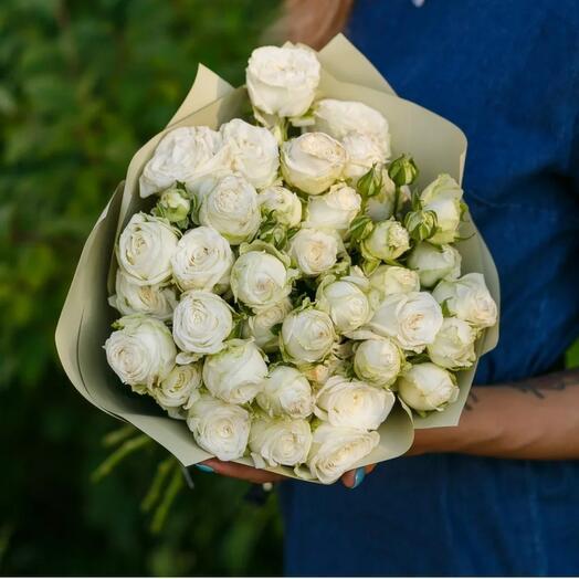 Кустовые пионовидные розы