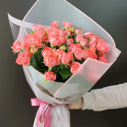 Букетик кустовых роз