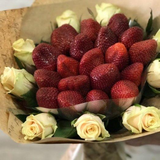 Клубнично-кремовое наслаждение: букеты цветов на заказ Flowwow