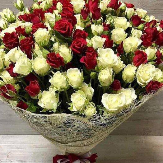 """Букет из кустовой розы """"Классик"""": букеты цветов на заказ Flowwow"""