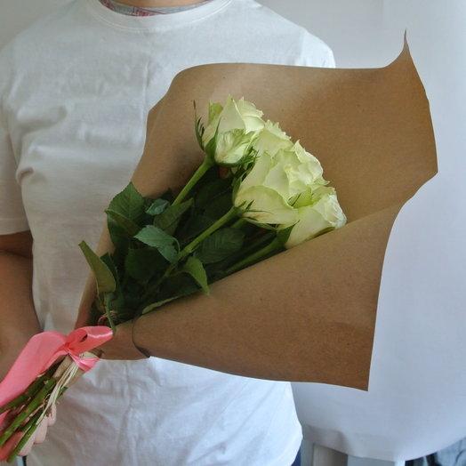 Букет из 7 белых кенийская роза: букеты цветов на заказ Flowwow