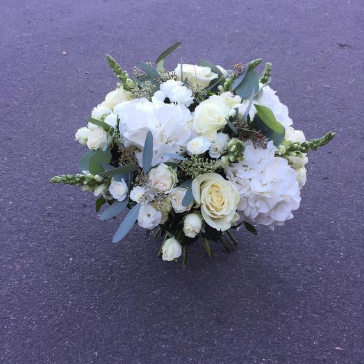 Снежный вечер: букеты цветов на заказ Flowwow