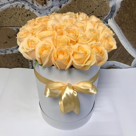 Коробочка из 29 роз