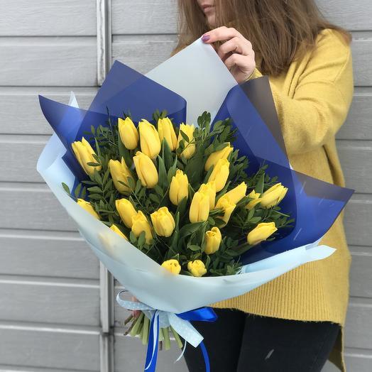 """Букет тюльпанов """"Солнечный дождь"""": букеты цветов на заказ Flowwow"""